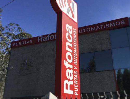 Monolito personalizado con iluminación led, Rafonca